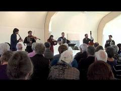 Shtetl Band Amsterdam and Christian Dawid play A Freylakhe Pastukhl (klezmer chemistry in HD)