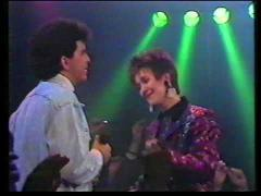 Ria Brieffies & Glenn Medeiros - Love Always Finds A Reason - Popformule
